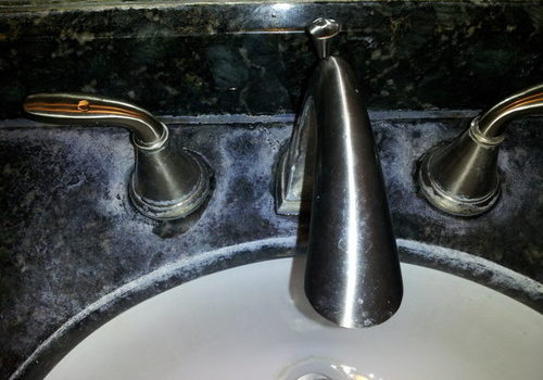 Any Natural Way To Remove Hard Water Stain From Countertops